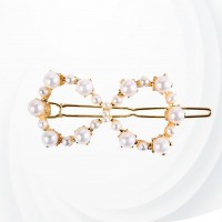 Fancy Pearl Decorated Geo Shape Hair Clips - Bow