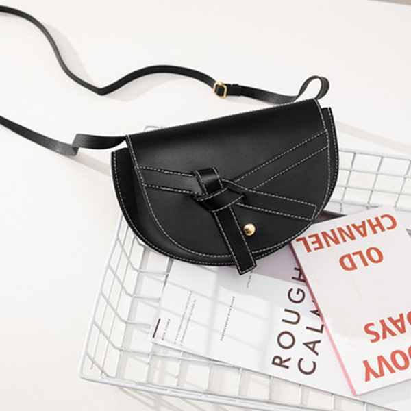 Ribbon Knotted Synthetic Leather Messenger Bags - Black