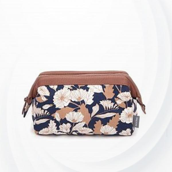 Multi-functional Frog Mouth Women Cosmetic Bags - Coffee