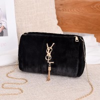 Tassel Plush Shoulder Chain One Piece Messenger Bag - Black