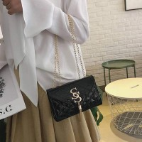 Trendy Tassel Square Shaped Women Messenger Bags - Black