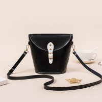 Elegant Rivet Bucket Fashion Wild Messenger Bags - Black