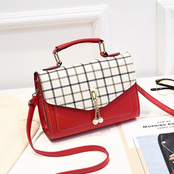 Check Prints Pearl Hanging Messenger Bags - Red