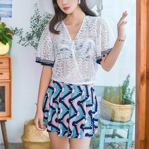 Three Pieces Printed Floral Beach Wear Swimsuit - Blue