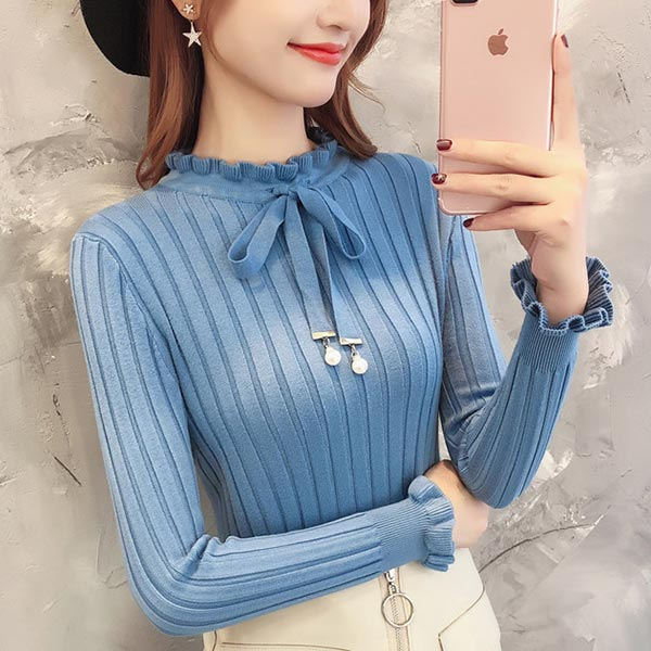 Wavy Neckline Lace Slim Shirt Long Sleeves Tops - Blue