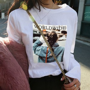 Loose Waist Long-sleeved Round Neck Girl T-shirts - White