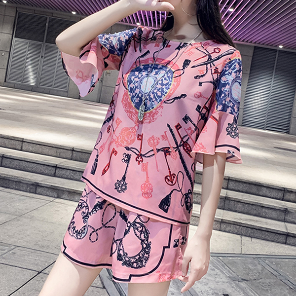 Bohemian Round Neck Speaker Sleeves Two Piece Suit