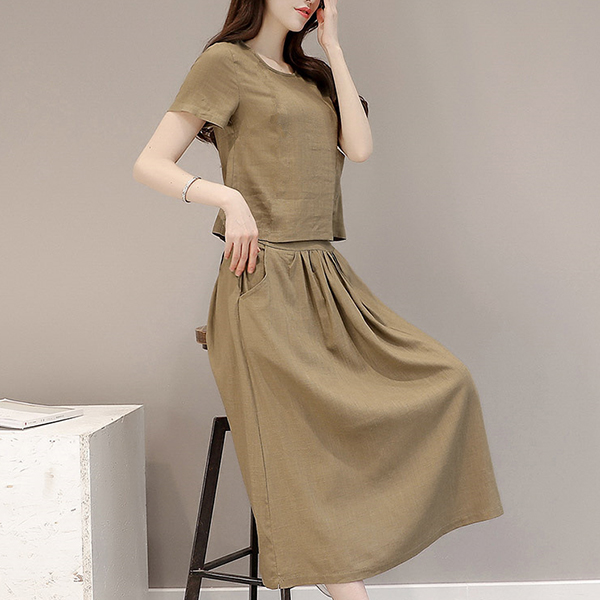 Short Sleeves Round Neck Pleated Two Piece Suit - Khaki