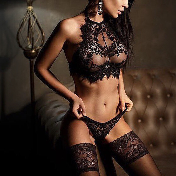 Lace Hollow Texture Shred Pattern Lingerie - Black