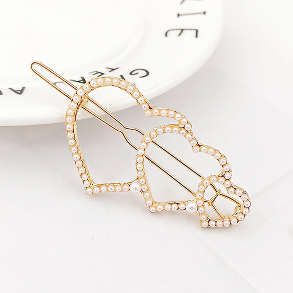 Trio Heart Crystal Patched Hair Clip