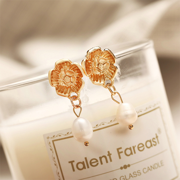 Crystal Jewellery Floral Pearl Party Special Earrings Pair
