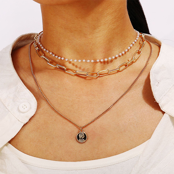 Pearl Decorative Necklace Pendant - Golden