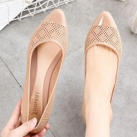 Hollow Pattern Shiny Slip Over Flat Shoes - Apricot