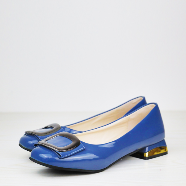 Shiny Low Square Heel Solid Color Flat Shoes