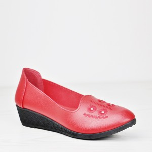 Thick Bottom Thread Art Synthetic Leather Shoes - Red