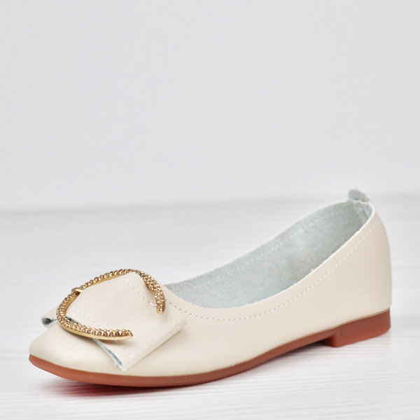 Solid Color Patched Flat Wear Shoes - White