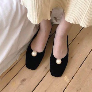 Pearl Patch Flat Velvet Party Wear Shoes - Black