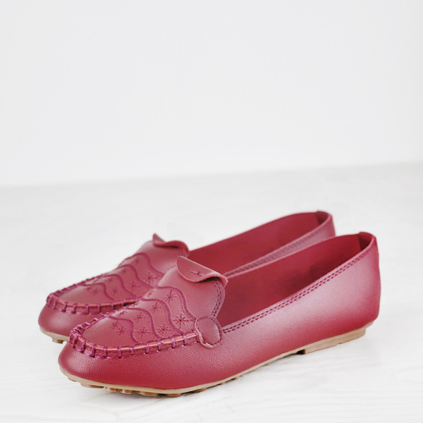 Stitched Embroidery Flat Dorbe Office Wear Shoes - Burgundy
