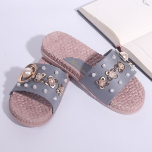 Pearl Decorative Floral Flat Wear Female Sandal - Gray