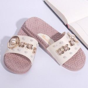Pearl Decorative Floral Flat Wear Female Sandal - White