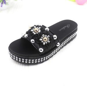 Pearl Floral Thick Soft Rubber Sole Female Sandals - Black
