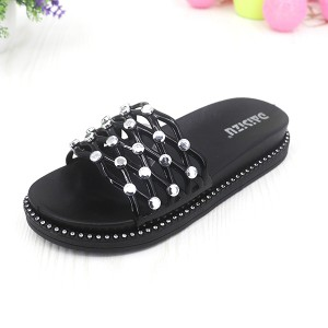 Rivets Soft Rubber Flats Summer Wear Female Sandals - Black