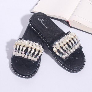 Pearl Decorated Flats Soft Rubber Female Sandals - Black