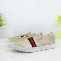 Synthetic Leather Flat Wear Women Fashion Shoes - Golden