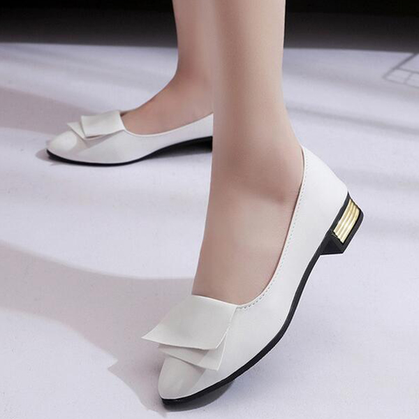 Shallow Mouth Low Heel Flared Flat Shoes - White