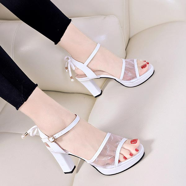 Pearl Hanging Buckle Closer High Heel - White
