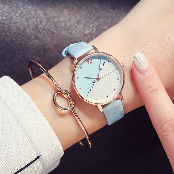 Casual Dual Contrast Leather Band Wrist Watch - Blue